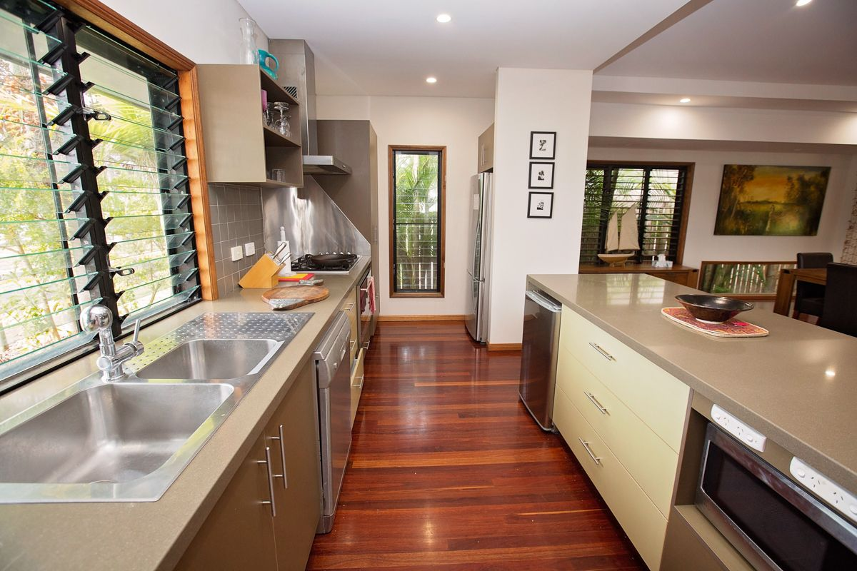6 CONCH STREET, Mission Beach QLD 4852, Image 2