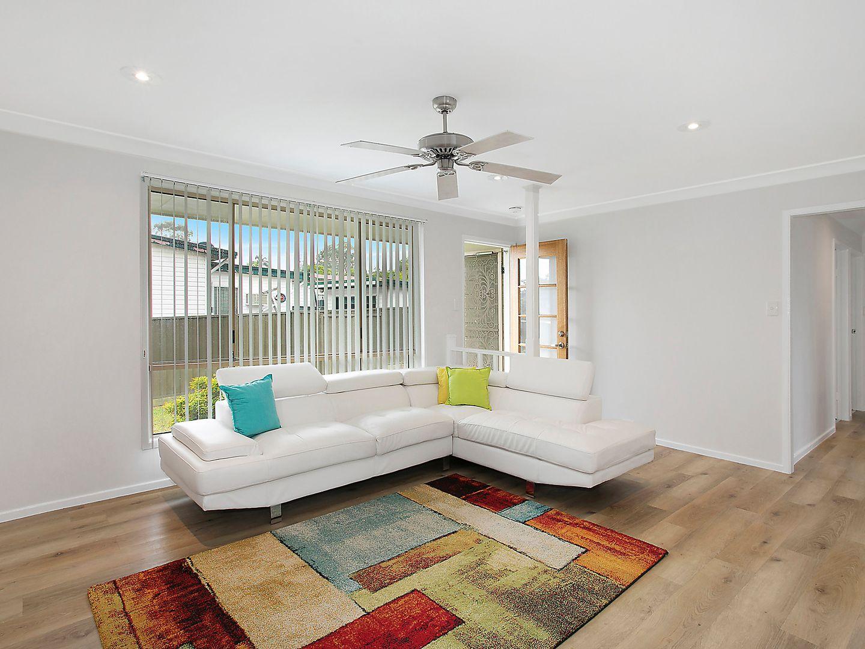 59 Kawana Avenue, Blue Haven NSW 2262, Image 2