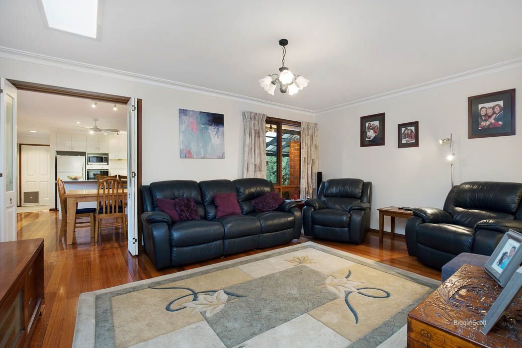 290 Windermere Drive, Ferntree Gully VIC 3156, Image 2