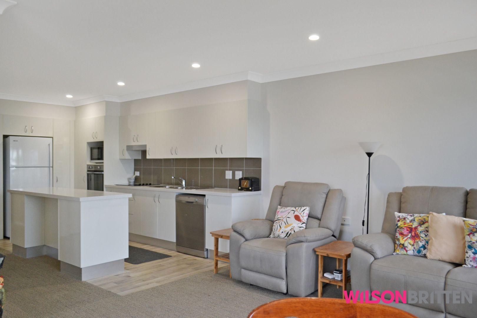 12/15-17 Lakeview Road, Morisset Park NSW 2264, Image 2