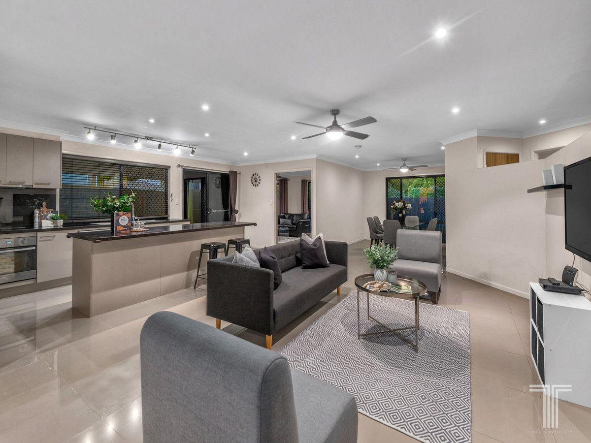 81 Kenilworth Place, Carindale QLD 4152, Image 0
