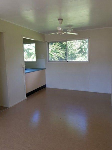 6 Beech Close, Manoora QLD 4870, Image 2