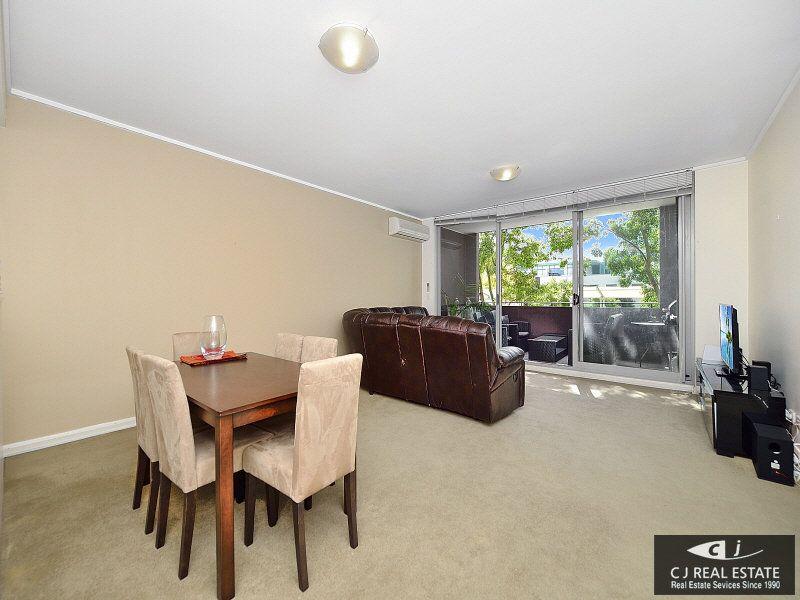 111/11 Lewis Avenue, Rhodes NSW 2138, Image 2