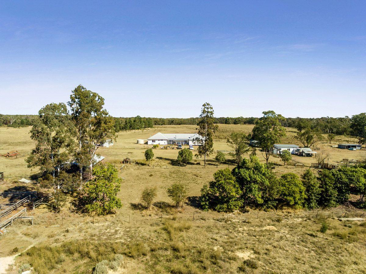 37 Loupals Road, Whetstone QLD 4387, Image 2