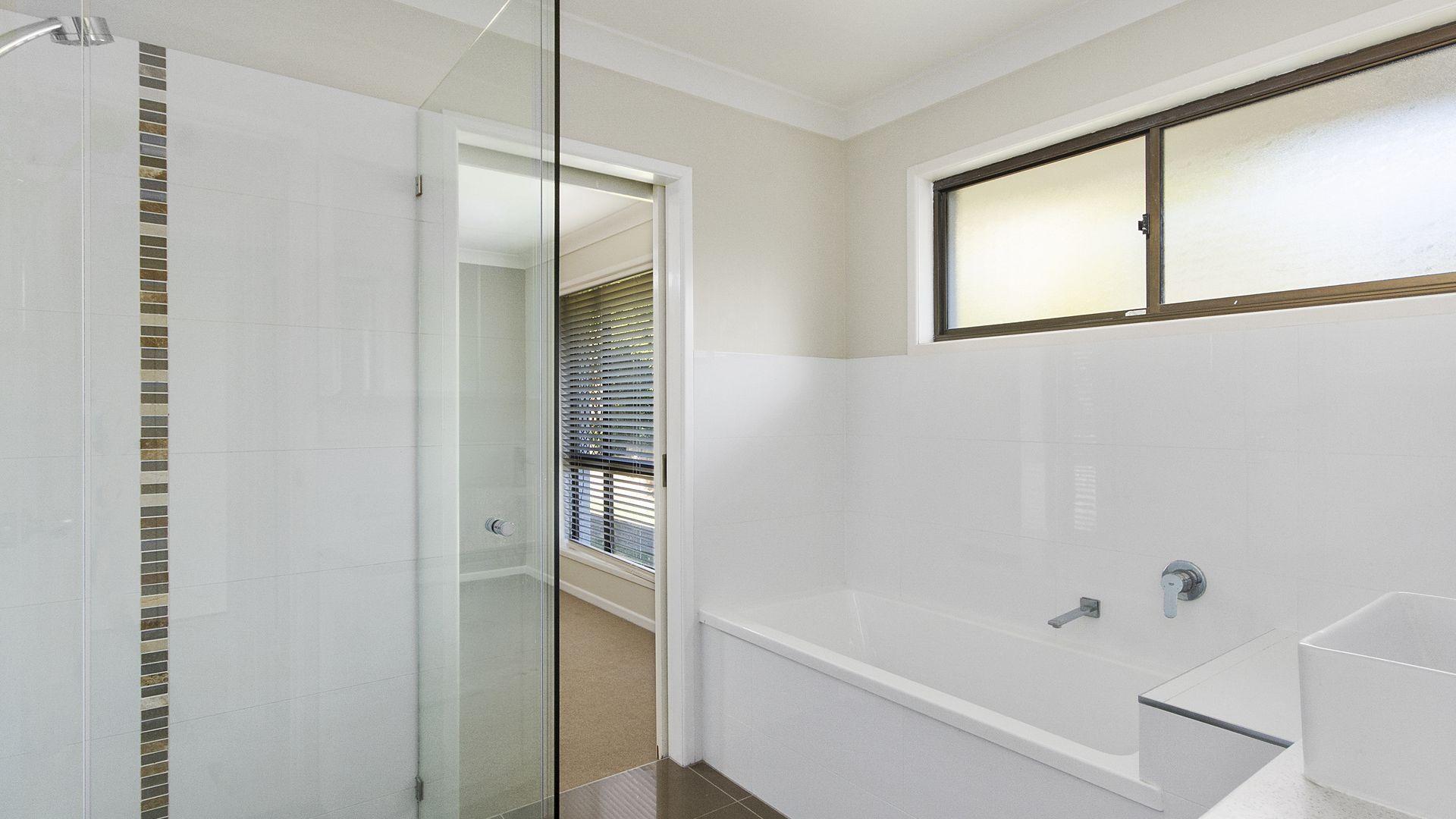 62 Ash Street, Yamanto QLD 4305, Image 2