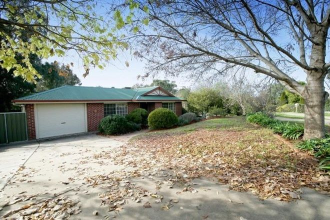Picture of 2 Stockton Place, WAGGA WAGGA NSW 2650