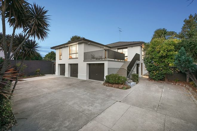 Picture of 2/24 Magnolia Road, IVANHOE VIC 3079