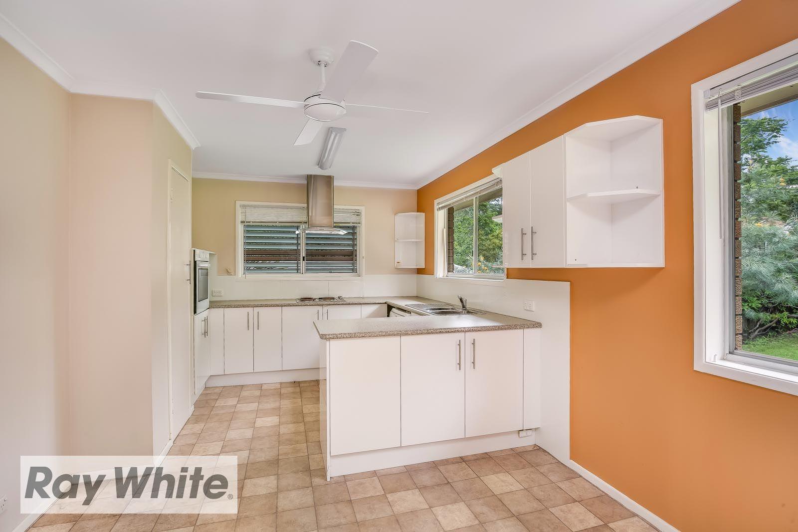 3 Birdvale Street, Taringa QLD 4068, Image 2