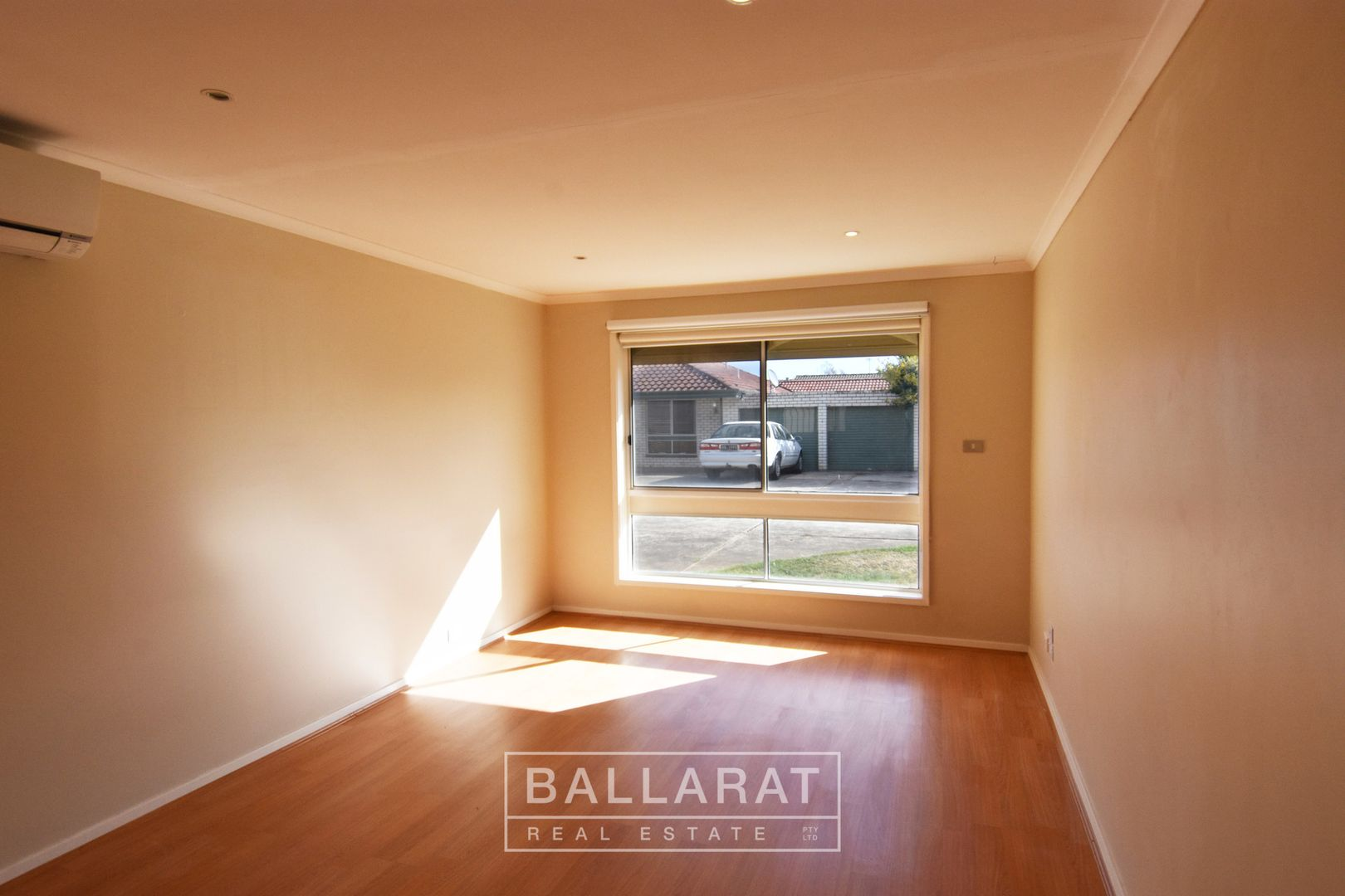 3/4 Warratta  Avenue, Delacombe VIC 3356, Image 2