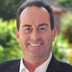Dominic Smith, Sales representative