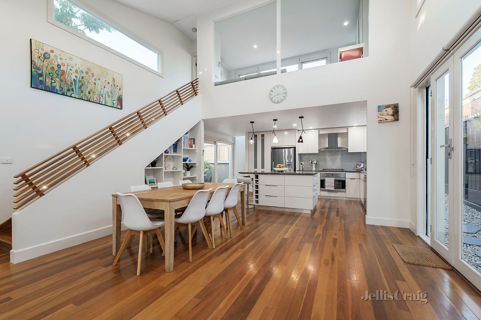 15a Trevascus Street, Caulfield South VIC 3162, Image 2