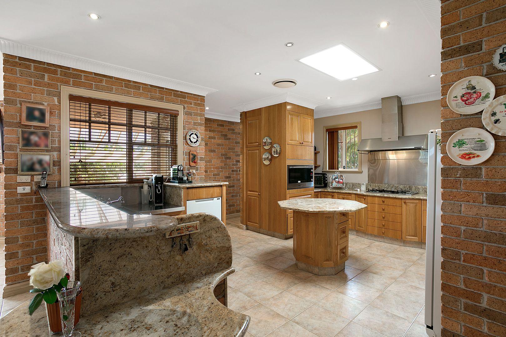 11 Roberts Road, Casula NSW 2170, Image 2