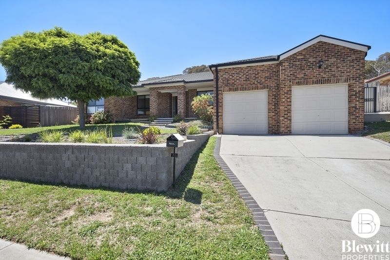 26 Stringybark Drive, Jerrabomberra NSW 2619, Image 0