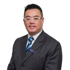 Alex Lee, Sales representative