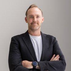 Kurt Reid, Sales representative