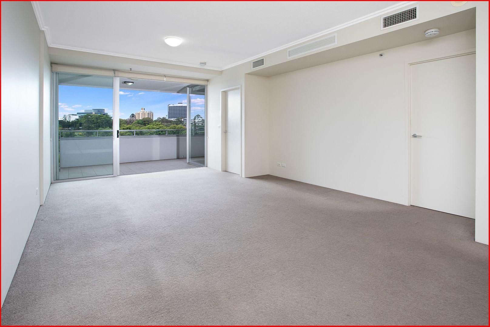 7052/7 Parkland Boulevard, Brisbane City QLD 4000, Image 2