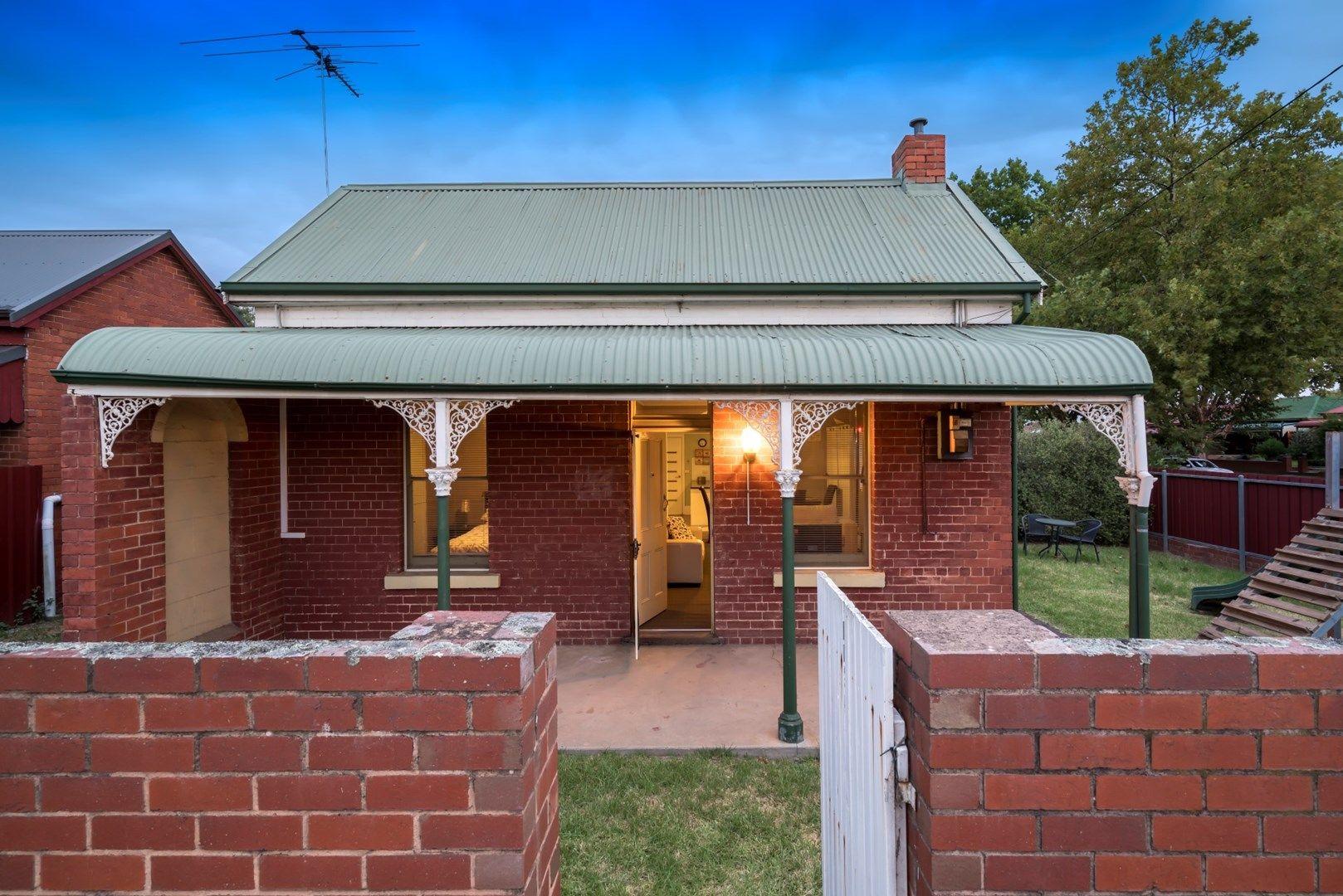 2/418 David Street, Albury NSW 2640, Image 0