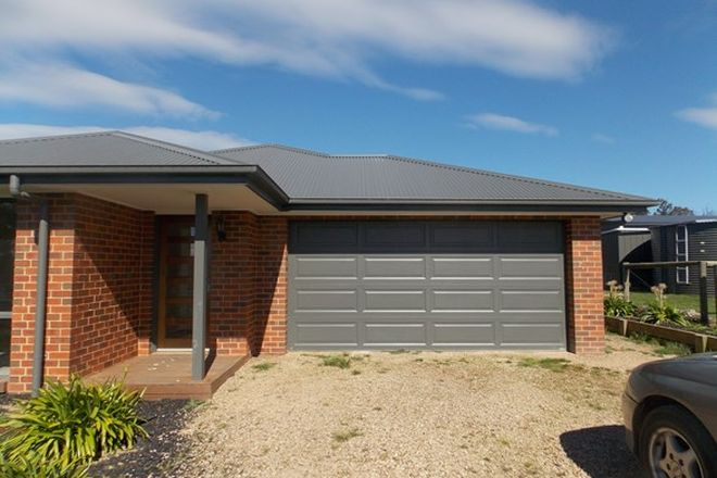 Picture of 6 PINE RIDGE ROAD, KINGLAKE WEST VIC 3757