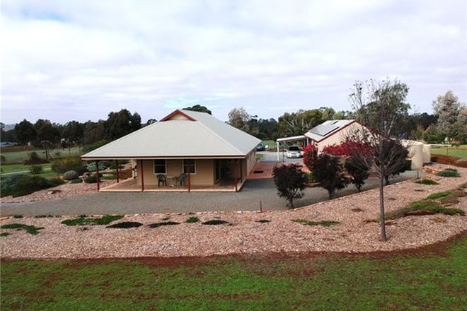 Picture of 38 Catholic Church Rd, MINTARO SA 5415