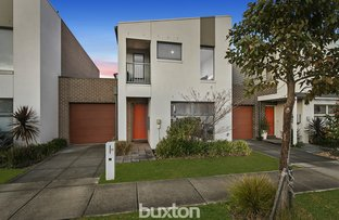Picture of 11 Paragon Way, Waterways VIC 3195