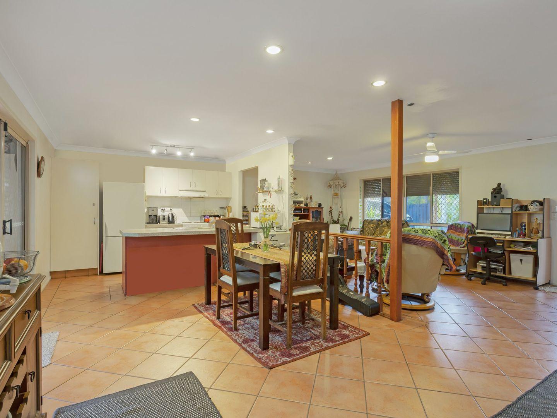 14 Birdsville St, Mudgeeraba QLD 4213, Image 2
