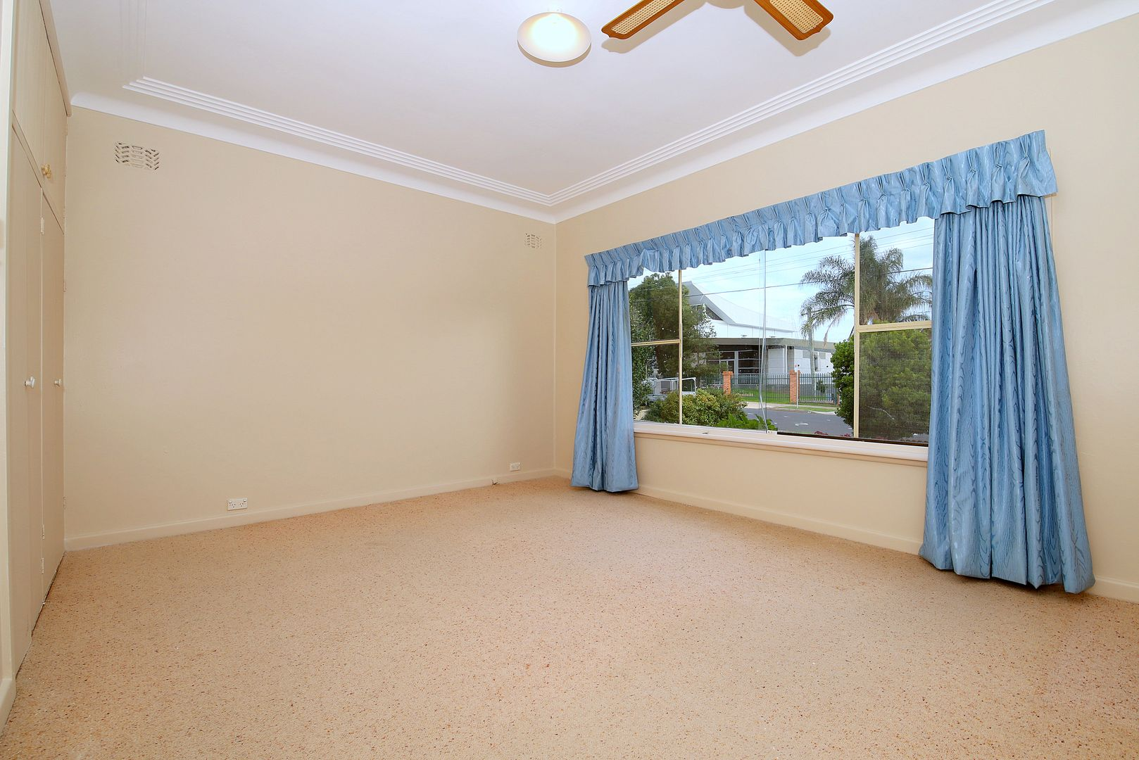 14 Ferndale Road, Revesby NSW 2212, Image 2