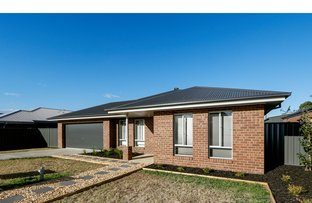 Picture of 16 Killeen Street, Stratford VIC 3862