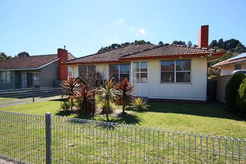 105 Webb Avenue, Ballarat East VIC 3350, Image 0