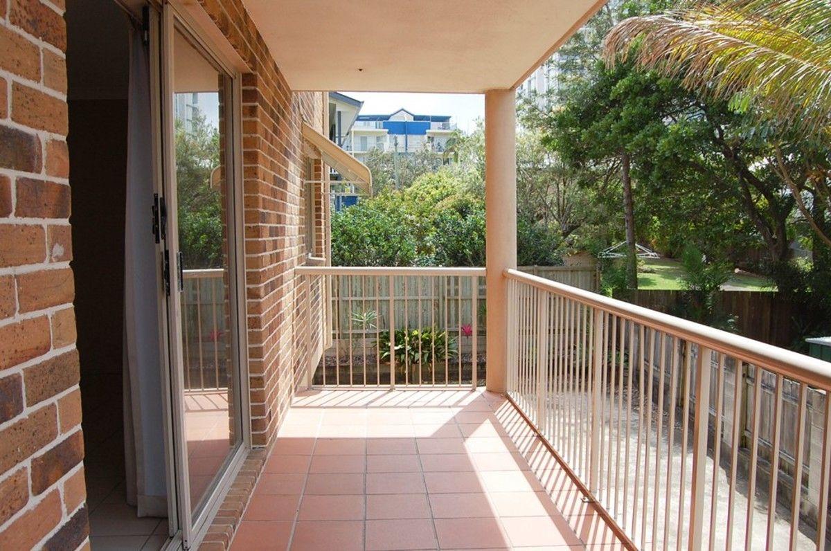 2/9 Saltair Street, Kings Beach QLD 4551, Image 10