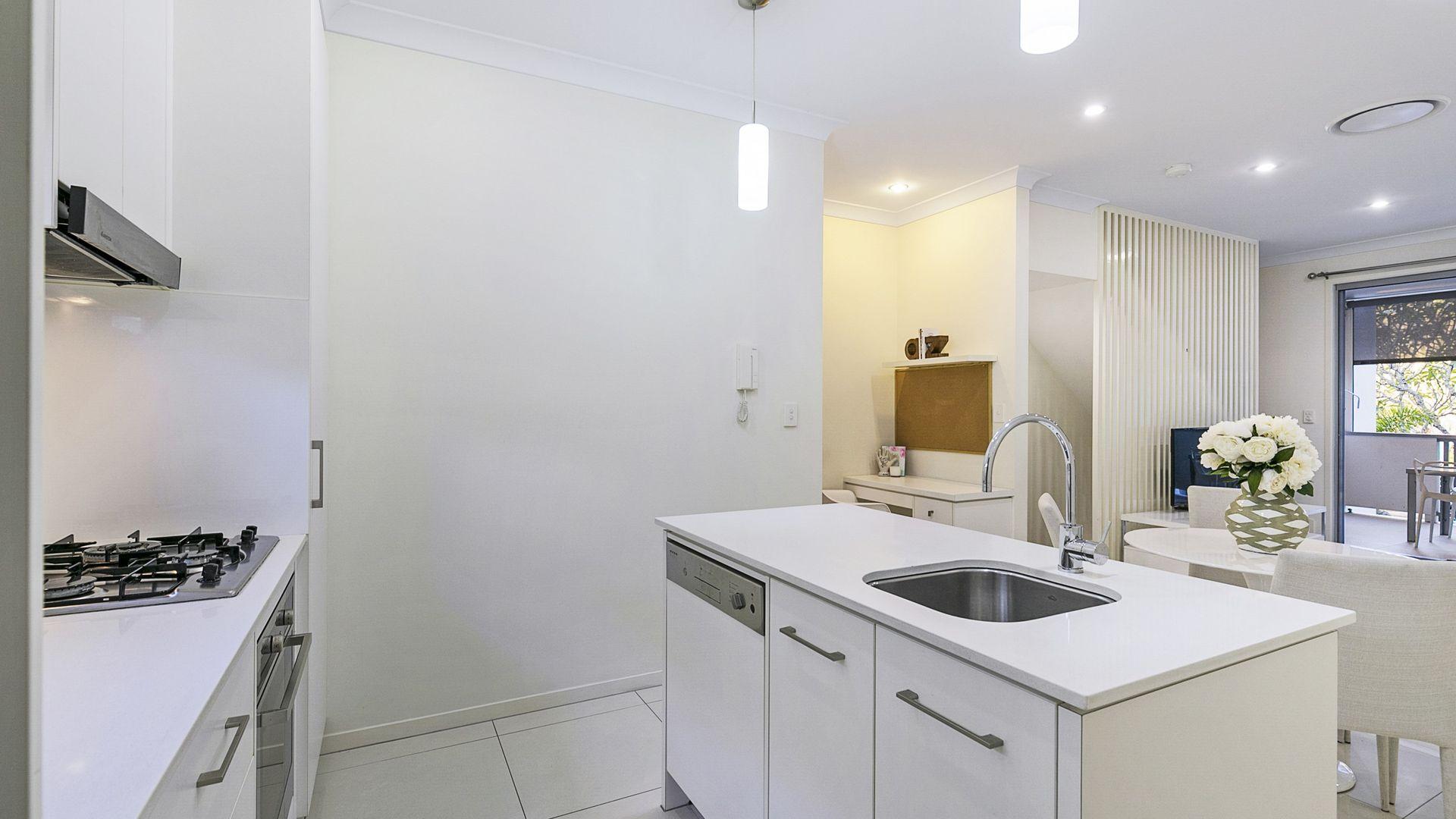 9/7 Somerset Street, Yeerongpilly QLD 4105, Image 2
