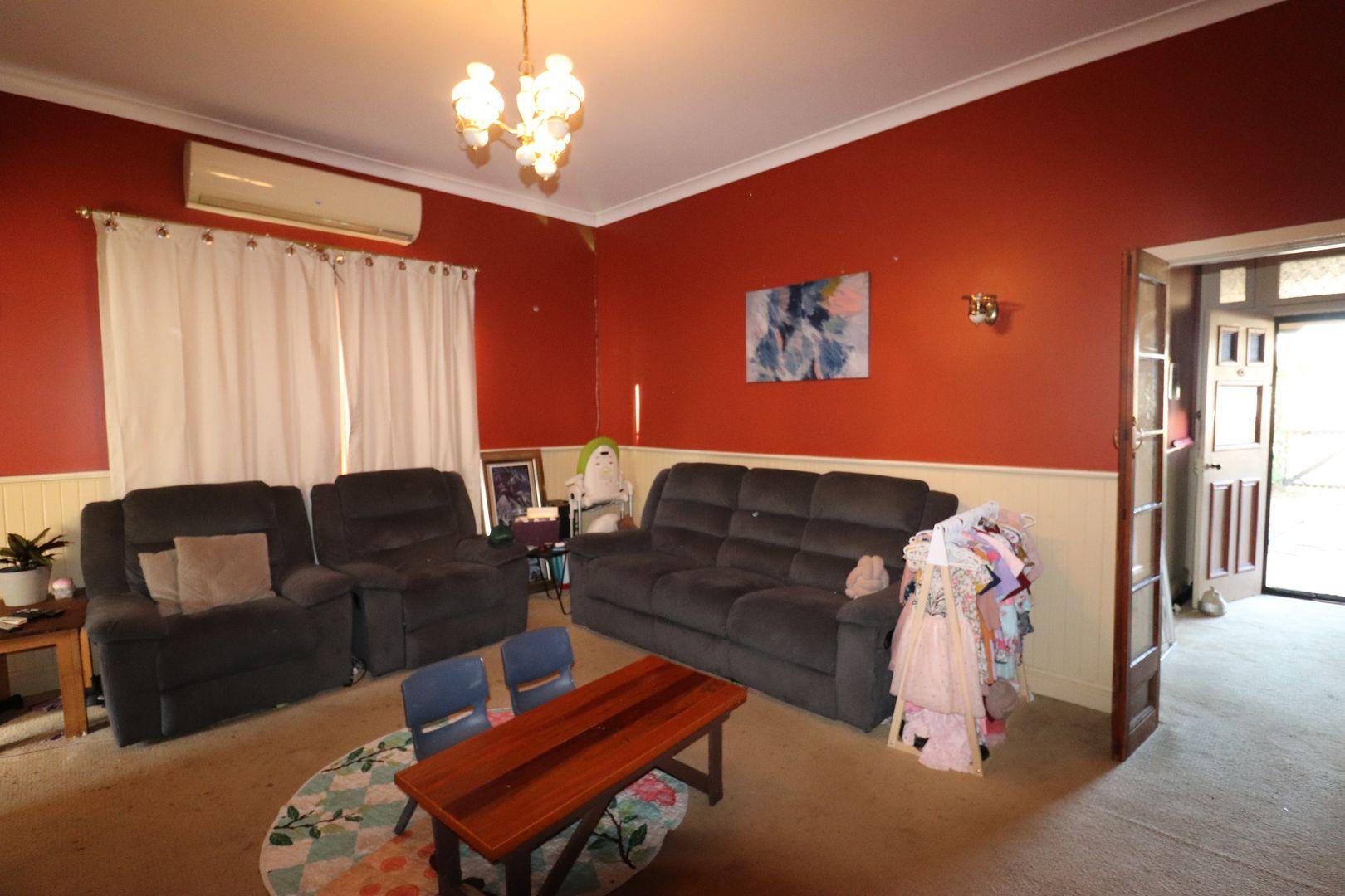 156 Macquarie Street, Glen Innes NSW 2370, Image 2