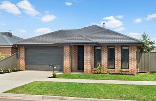 Picture of 16 McCallum Street, Lucas VIC 3350