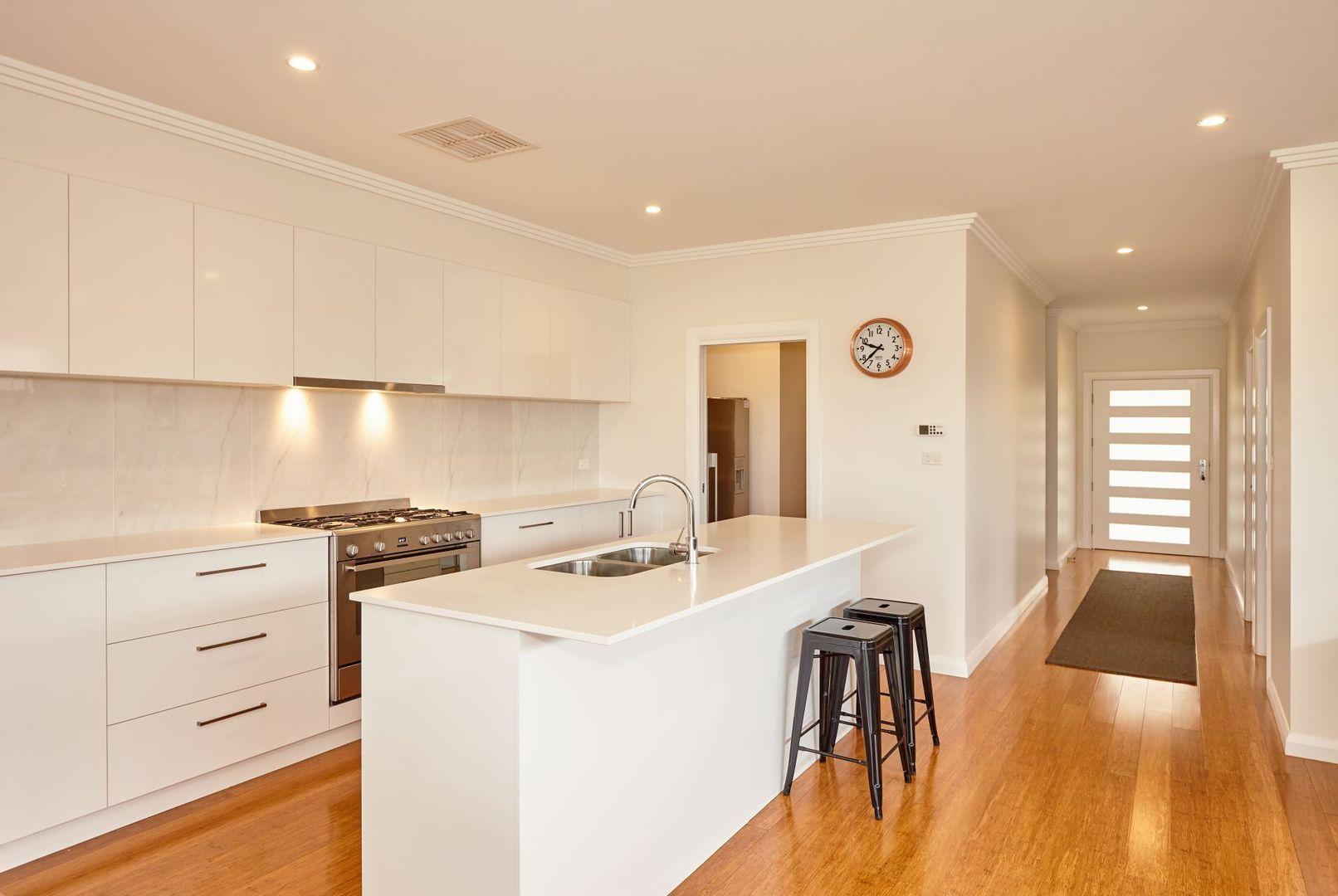 15 Barmedman Avenue, Gobbagombalin NSW 2650, Image 2