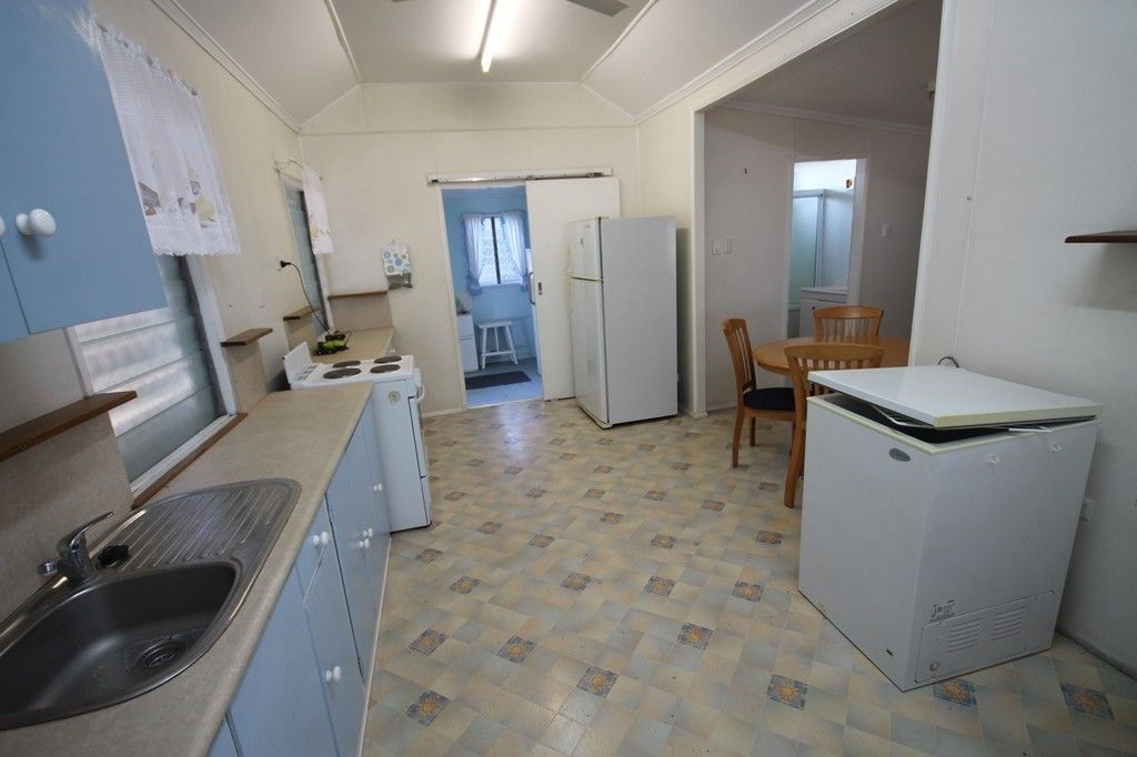 7 Church Street, Charters Towers City QLD 4820, Image 2