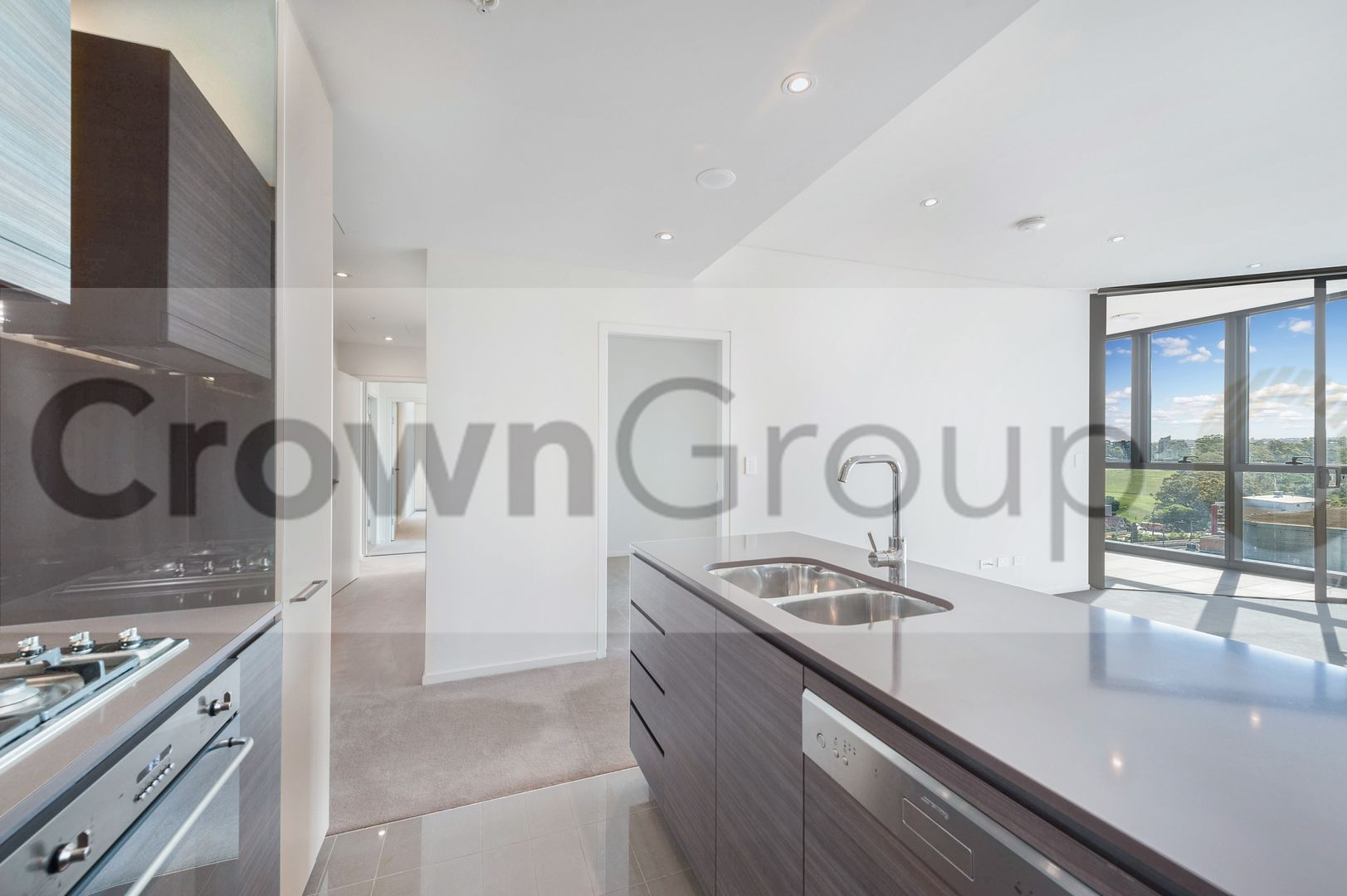 2205/45 Macquarie Street, Parramatta NSW 2150, Image 2