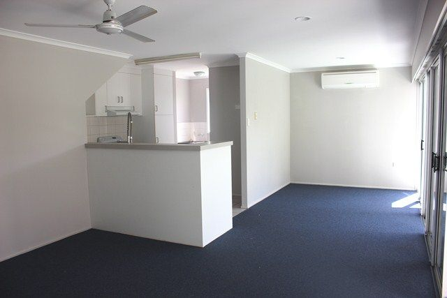 3/64 George St, Mackay QLD 4740, Image 2