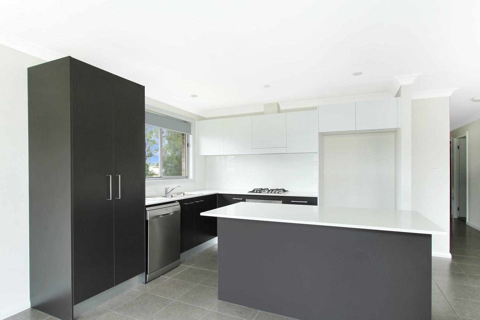 8 Churchill  Circuit, Barrack Heights NSW 2528, Image 0