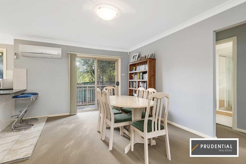 10/17 Poplar Crescent, Bradbury NSW 2560, Image 2