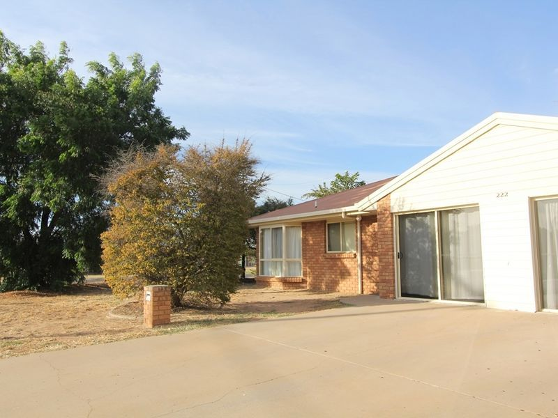 2/222 Borilla Street, Emerald QLD 4720, Image 1