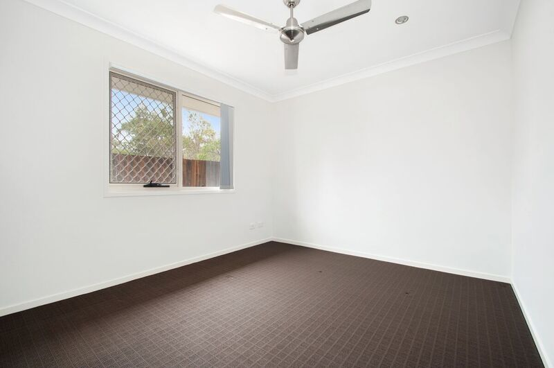 19 Emily Street, Ormeau QLD 4208, Image 2