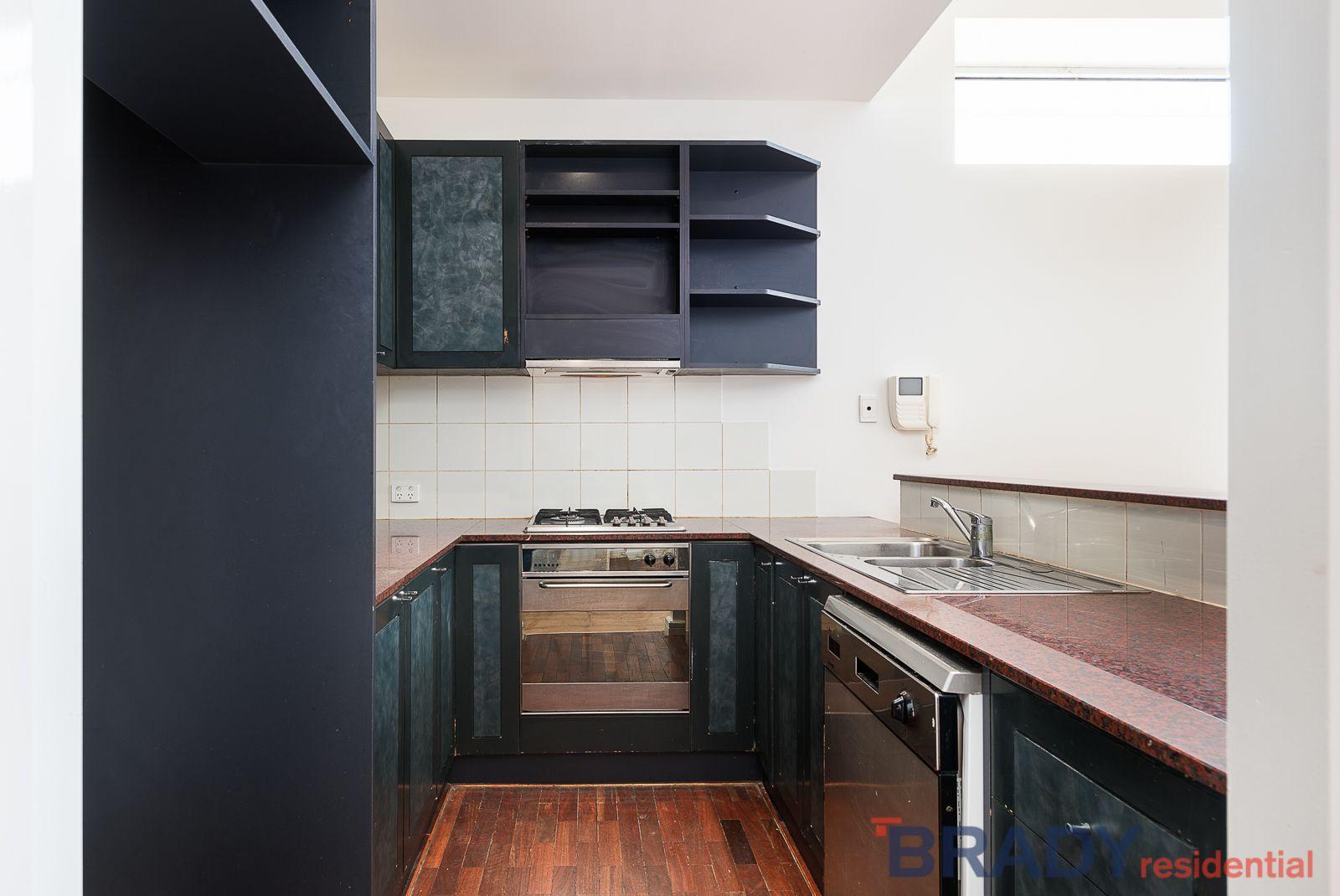 17/398 La Trobe Street, Melbourne VIC 3000, Image 2