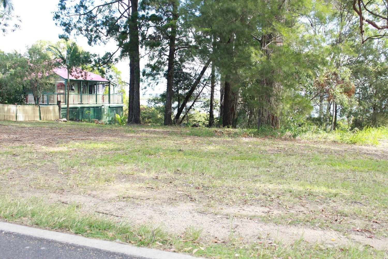 33 Coast Road, Macleay Island QLD 4184, Image 1