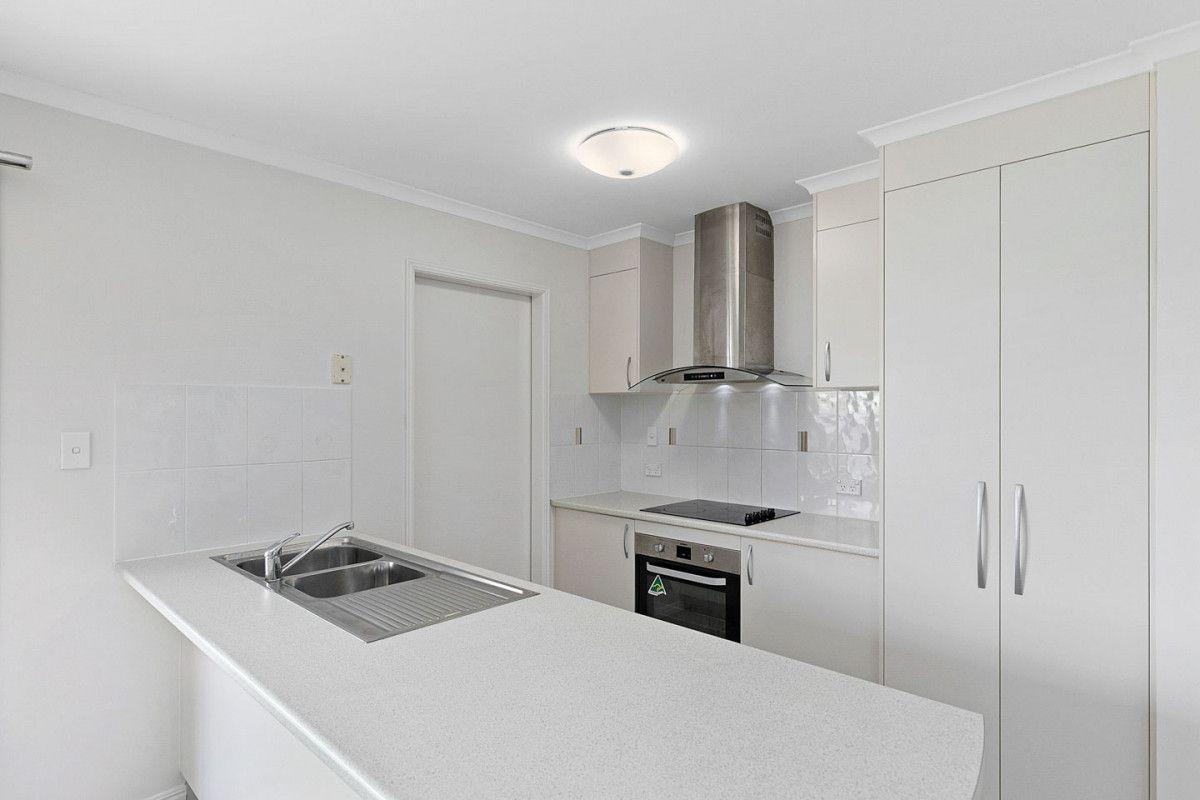 9 Eyre Court, Urraween QLD 4655, Image 2