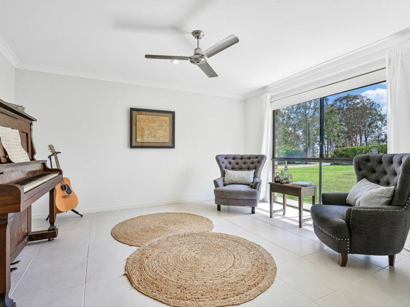 9 Waugh Court, New Beith QLD 4124, Image 2