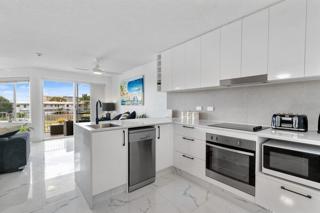 Picture of Unit 3/1 Saltair Street, KINGS BEACH QLD 4551