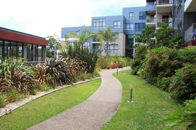 310/1 Esplanade, Lakes Entrance VIC 3909, Image 2