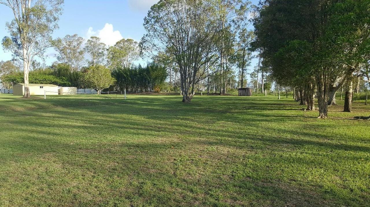 16 Arnold Lane, Oakhurst QLD 4650, Image 2
