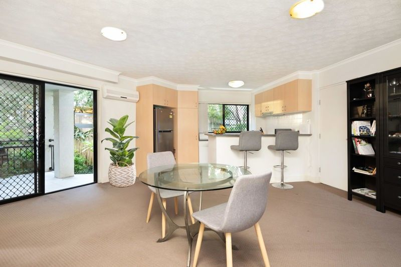 21/138 High Street, Southport QLD 4215, Image 2