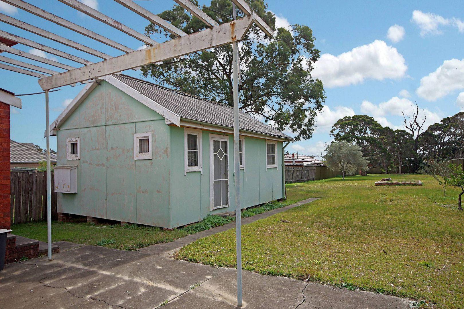 13 Chiswick Road, Greenacre NSW 2190, Image 2