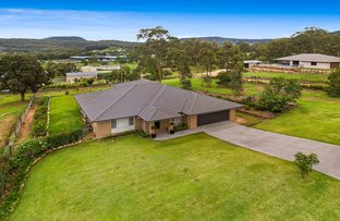 3 Pepperwood Place, Withcott QLD 4352